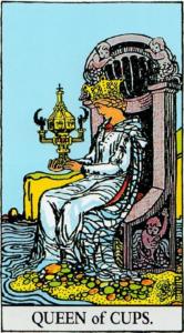 קלף מלכת הגביעים בקלפים של ריידר