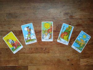 פריסה של 5 קלפים בטארוט - הקשת