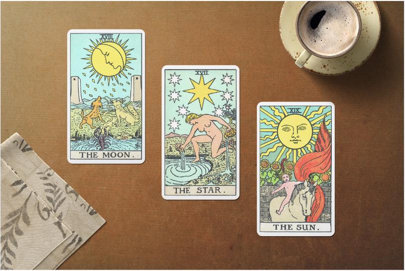 פריסת טארוט של שלושה קלפים